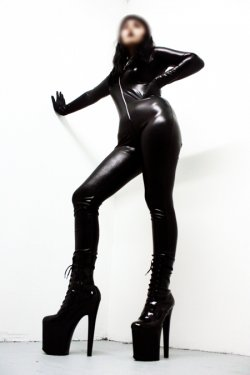 Mistress Eva from Montreal - Mistress