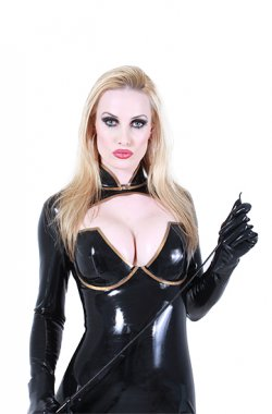 Domina Dakota from Hamburg - Mistress