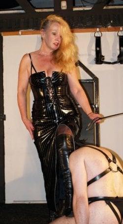 Lady Ileash from Birmingham - Mistress
