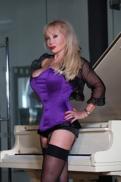 Mistress Tanya from Kensington and Chelsea - Mistress