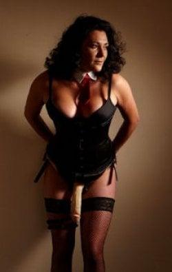 Mistress Ella from City Of London - Mistress