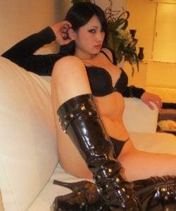 Mistress Yumi from Telford and Wrekin - Mistress