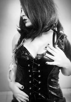 Mistress Le Loup from Geneva - Mistress