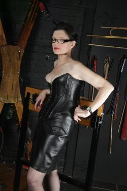 Mistress St Clare from East Sussex - Mistress