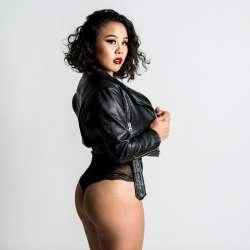 An Li from Los Angeles - Mistress