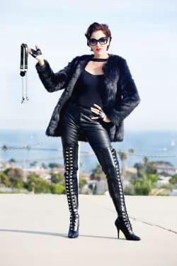 Los Angeles Dominatrix, Mistress Victoria Hunter from Orange County - Mistress