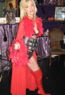 Mistress Maisie from City Of London - Mistress